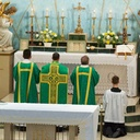 Fr. Brodsky Solemn Mass photo album thumbnail 15
